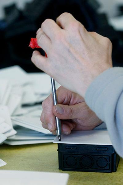 Kézi munkafolyamat - összeszerelés